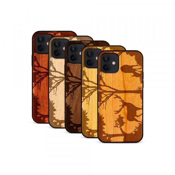 iPhone 12 & 12 Pro Hülle Wildlife Hirsch aus Holz