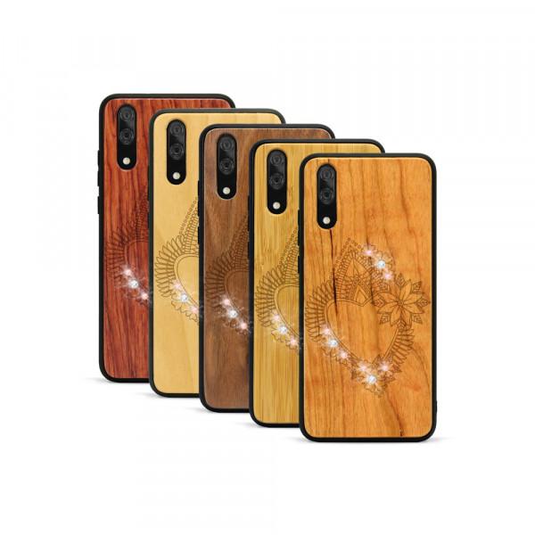P20 Hülle Herzblume Swarovski® Kristalle aus Holz