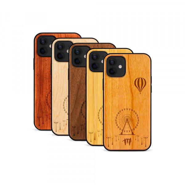 iPhone 12 & 12 Pro Hülle Jahrmarkt aus Holz