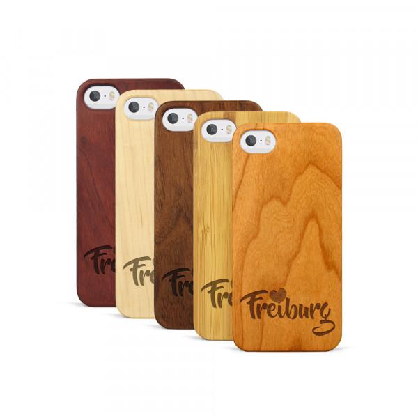 iPhone 5, 5S & SE Hülle Love Freiburg aus Holz