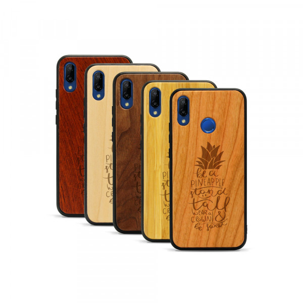 P20 lite Hülle Be a Pineapple aus Holz