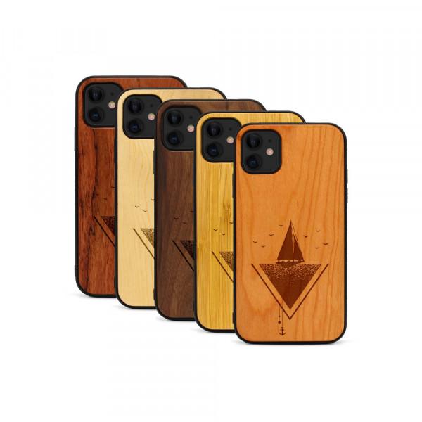 iPhone 11 Hülle Segelboot aus Holz