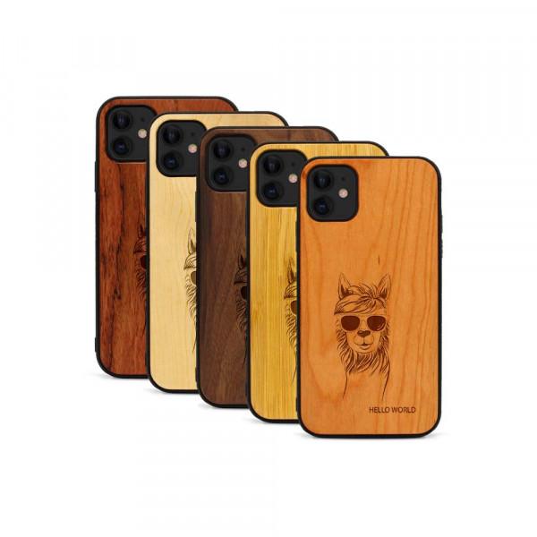 iPhone 11 Hülle Llama aus Holz