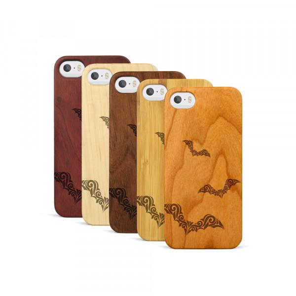 iPhone 5, 5S & SE Hülle Fledermaus Ornamente aus Holz