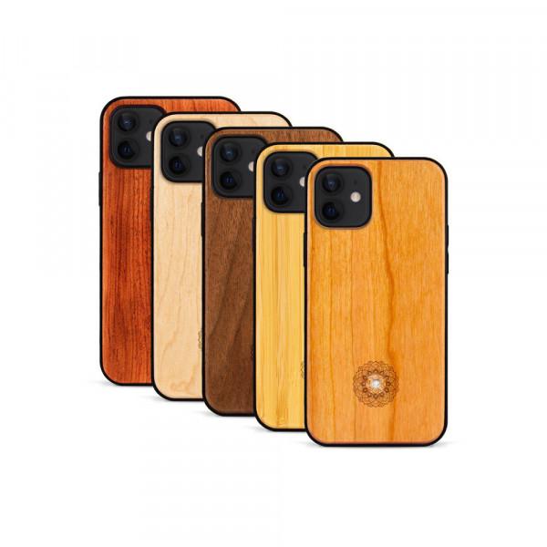 iPhone 12 Mini Hülle Mandala Swarovski® Kristalle aus Holz