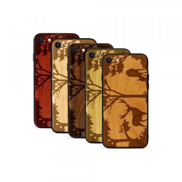 iPhone 8 & SE Hülle Wildlife Hirsch aus Holz