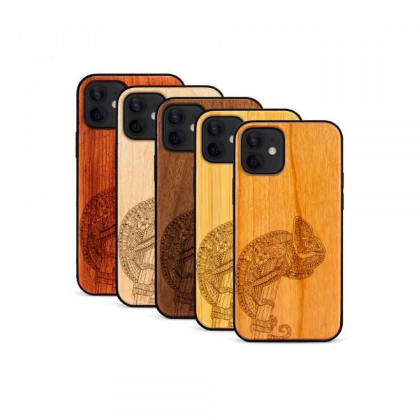 iPhone 12 & 12 Pro Hülle Chamäleon aus Holz