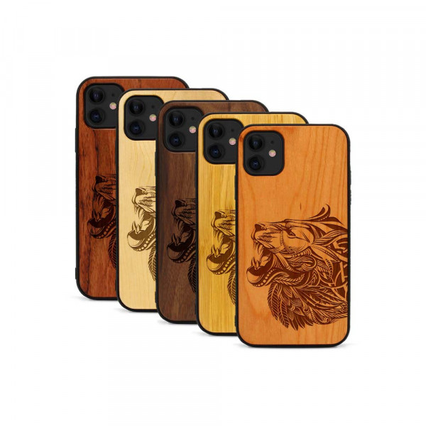 iPhone 11 Hülle Löwenkopf aus Holz