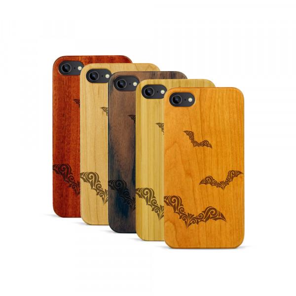 iPhone 7 Hülle Fledermaus Ornamente aus Holz