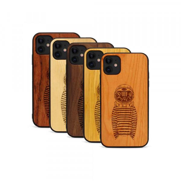 iPhone 11 Hülle Defy Gravity aus Holz