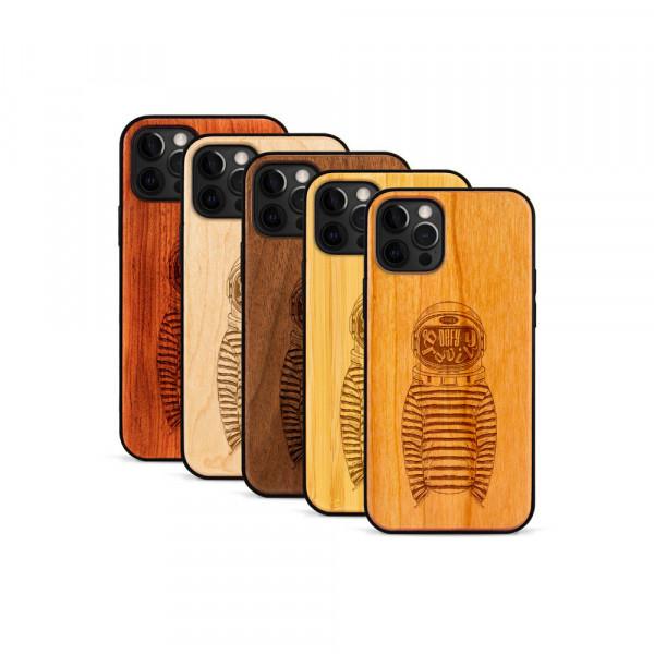 iPhone 12 Pro Max Hülle Defy Gravity aus Holz