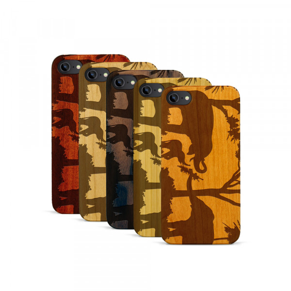 iPhone 7 Hülle Wildlife Elefantenfamilie aus Holz