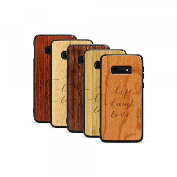 Galaxy S10e Hülle Life Laugh Love aus Holz