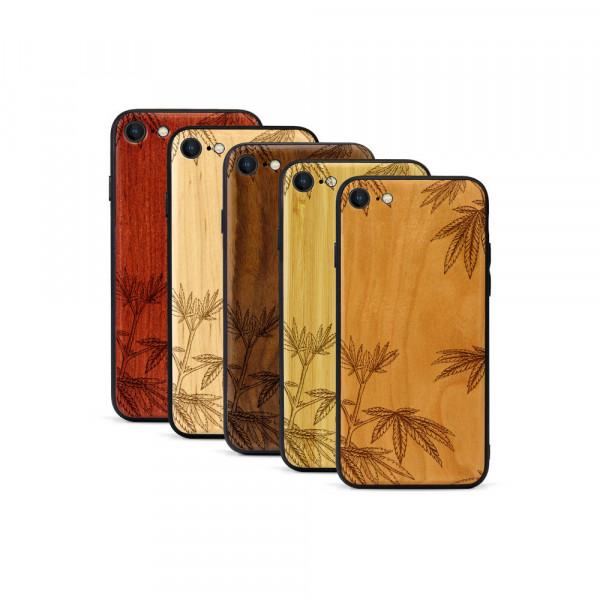 iPhone 8 & SE Hülle Hanfpflanze aus Holz