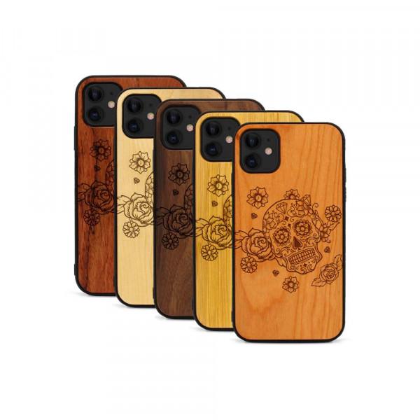 iPhone 11 Hülle Flower Totem aus Holz