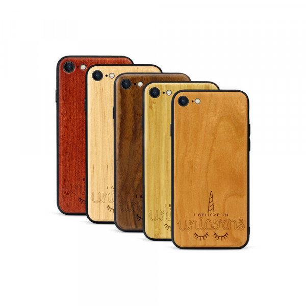 iPhone 8 & SE Hülle Believe in Unicorns aus Holz