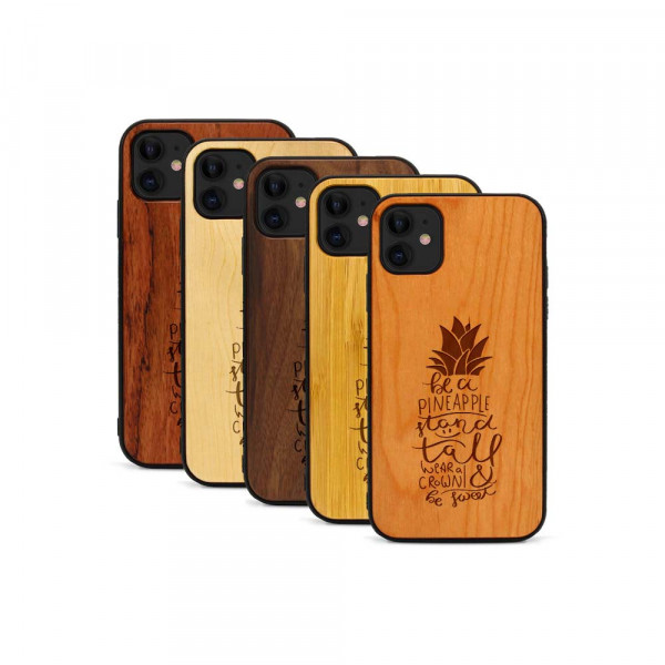 iPhone 11 Hülle Be a Pineapple aus Holz